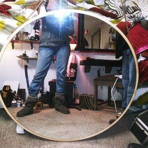 William and Sanoma mirror